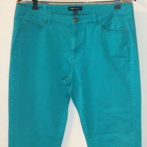 2/$25 MNG Basics Ankle Zip Pant Size 14